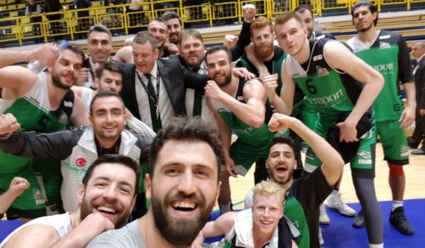 GEMLİK BASKETBOL 8'Lİ FİNAL'de